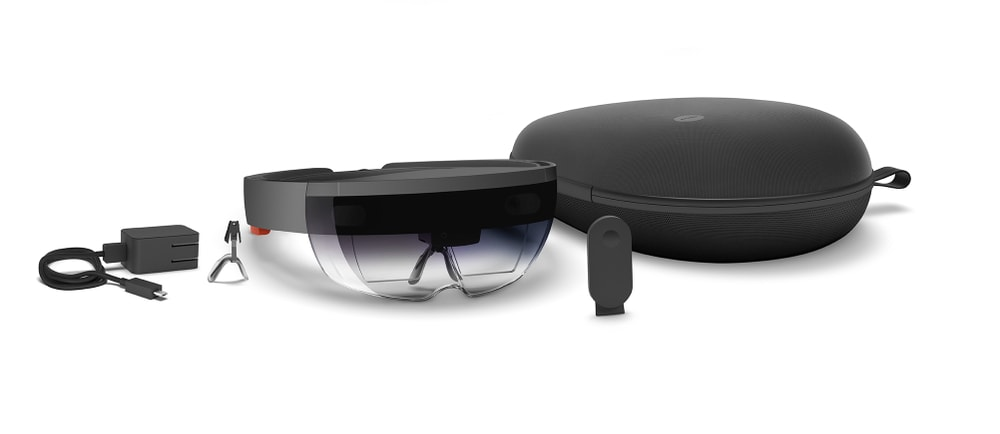 microsoft-hololens-group-shot