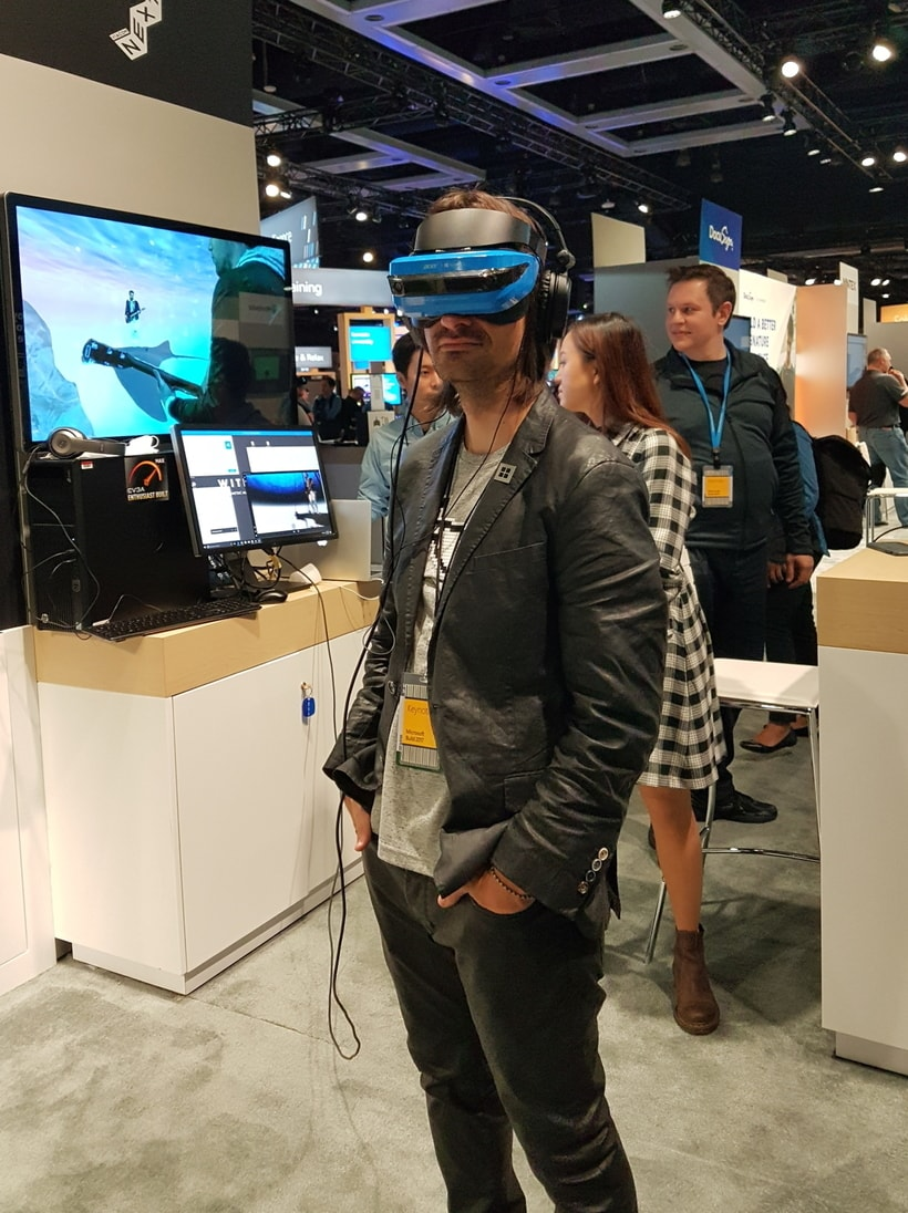 Tech Trends VR Tech Mixed Reality Consultancy Microsoft HoloLens