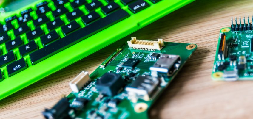 Tech Trends IoT EdTech pitop