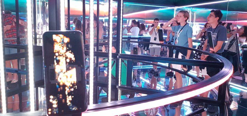 Samsung HyperCube Reading Festival Alice Bonasio VR Consultancy
