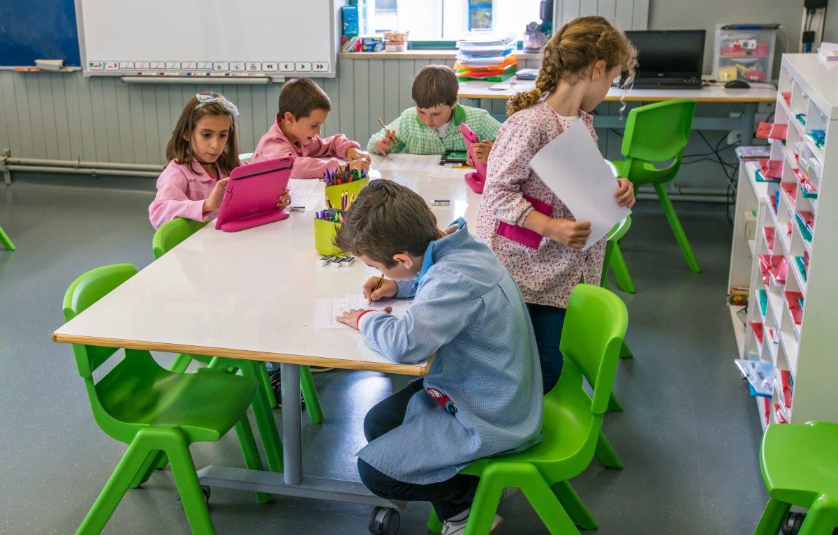 Quartz language and technology identity Basque Country Global Teacher Prize Varkey Foundation