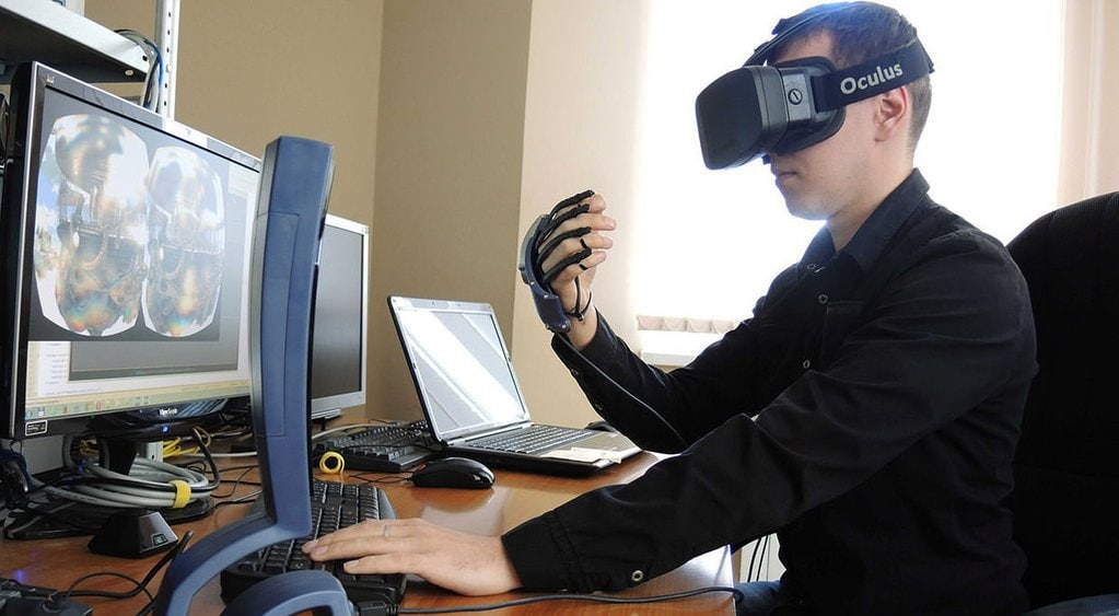 Tech Trends soft skills training workplace office metoo vr virtual reality