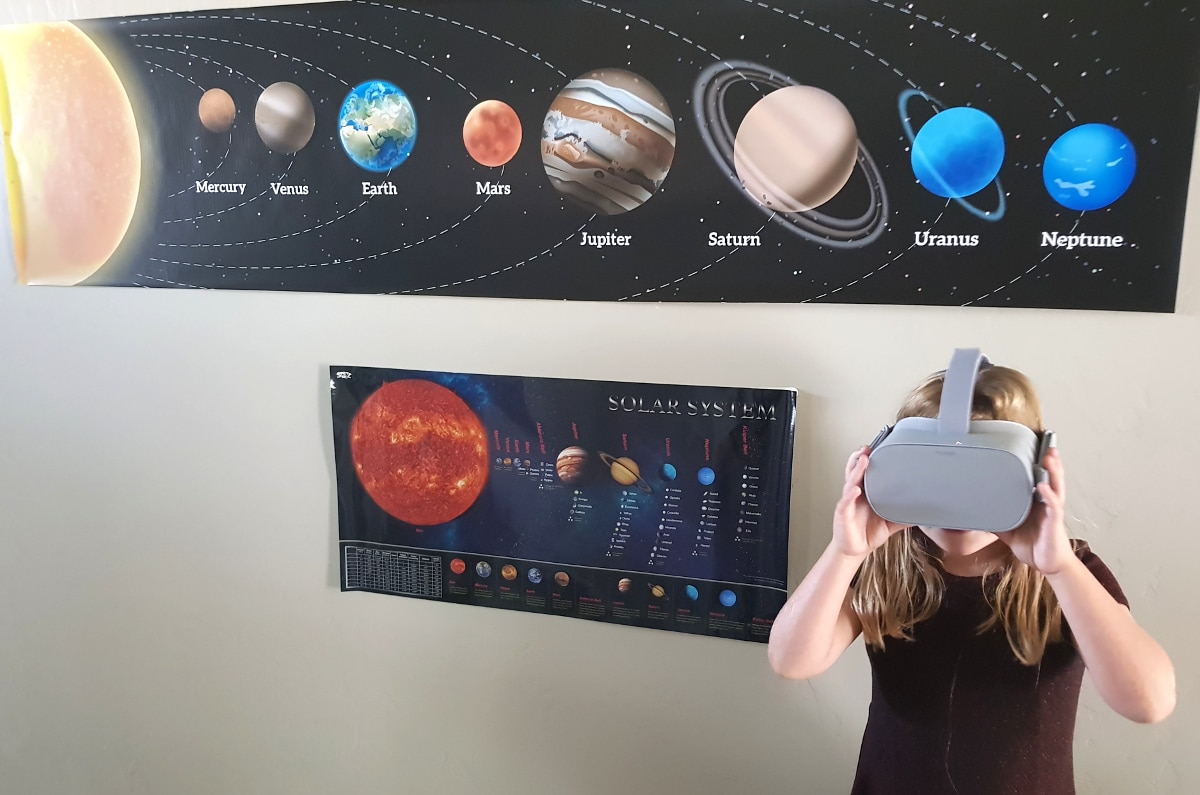 a633a09617ca Spinning Around The Solar System in VR - Tech Trends