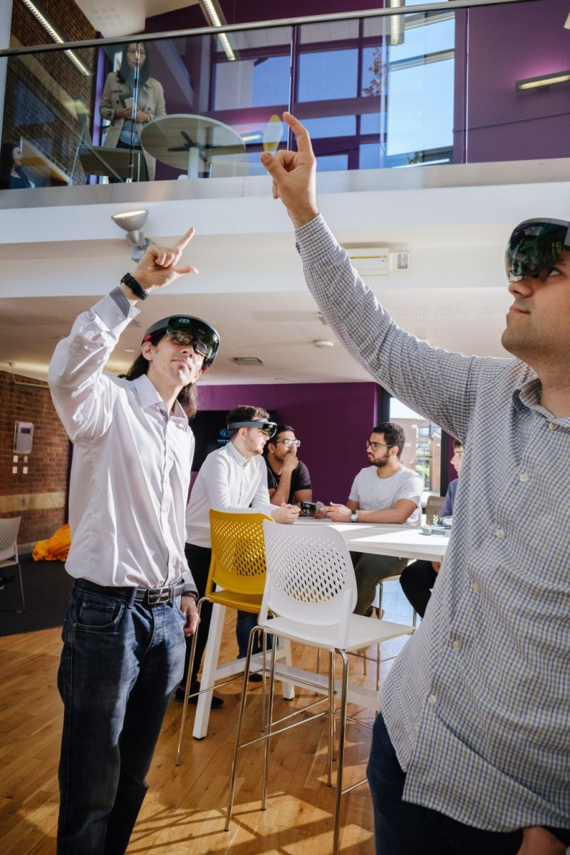 Tech Trends University of Hull Mixed Reality Microsoft HoloLens Accelerator VR Consultancy