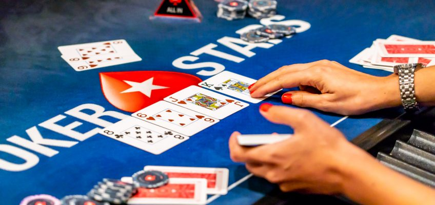 Alice Bonasio VR Consultancy MR Tom Atkinson Tech Trends Review AR Mixed Virtual Reality Augmented pokerstars poker cards casino data sports online