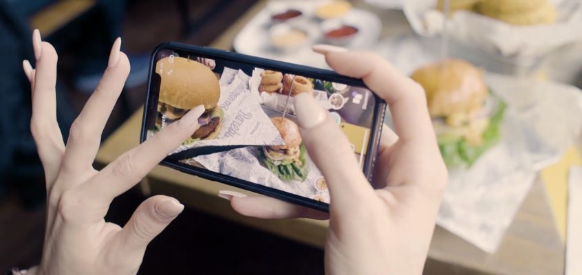 Tech Trends Kabaq Realistic Augmented Reality Menus Alice Bonasio VR Consultancy immersive technology